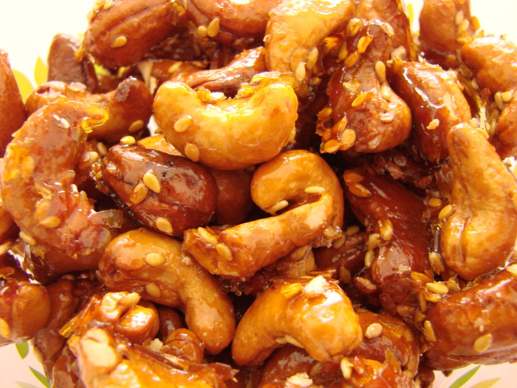 Ourserie.com - Noix de Cajou au miel et Sriracha